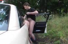 Pijpen en neuken in de auto