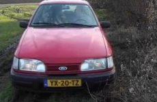 Hollandse sex pijp beurt in de auto